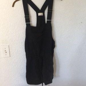 Aritzia Pants - Aritzia Wilfred Free Overall Shorts